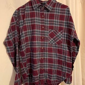 Cute over-sized Brandy Melville flannel